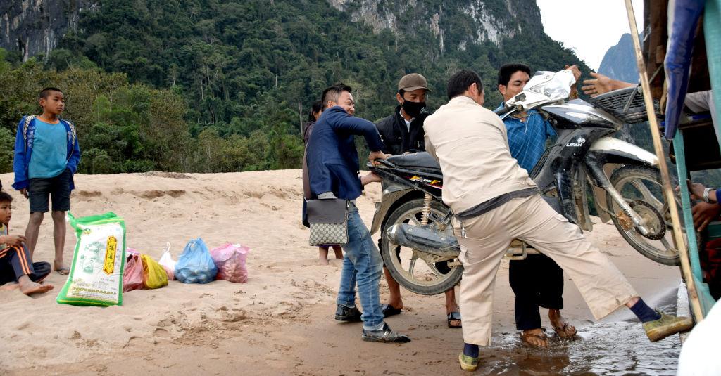 Solidarité au Laos