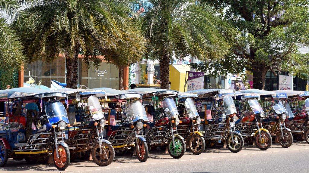 Une journée type à Vientiane
