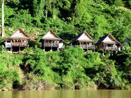 Hôtel de catégorie moyenne au Laos - mnwe