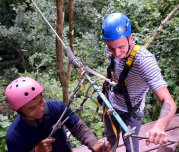 Zipline au Laos