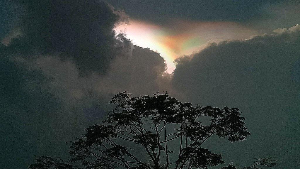 Ciel orageux au Laos.