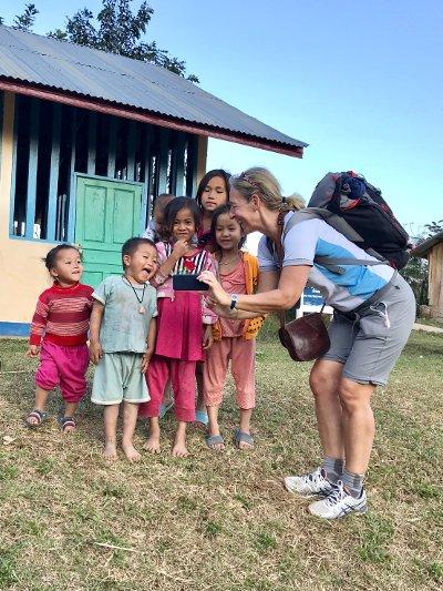 Voyage au Laos, rencontre avec des enfants